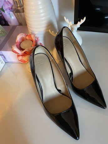 Pantofi lac Zara -negri, marimea 36