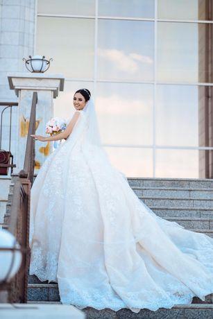 Свадебное платье продам Срочно