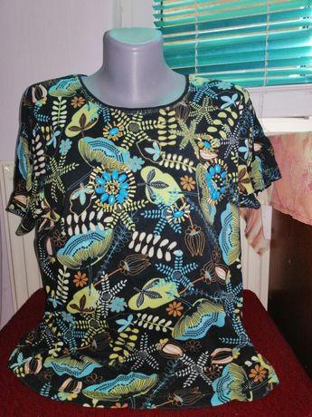 Дамска тениска и потници