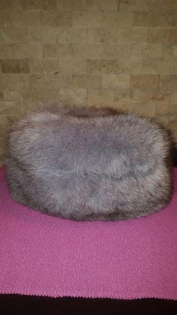 Caciula de blana de vulpe argintie