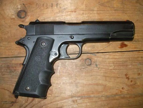 Pistol Colt METAL-3.7*Jouli* Airsoft Cu gaz si CO2 IEFTIN nou PuscaVSR