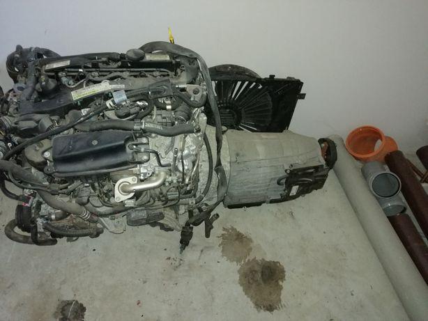 Vând motor clasa E Mercedes