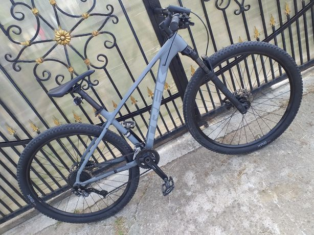 Bicicletă TREK xcaliber7
