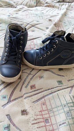 Продам демисезонную обувь  для мальчика