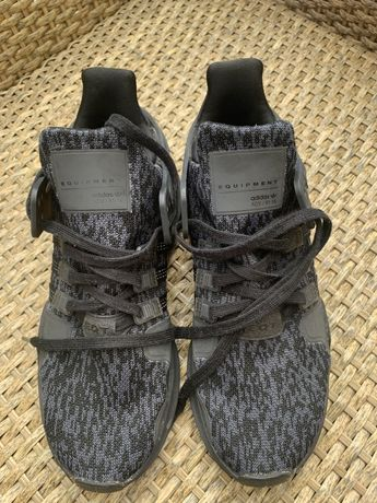 Adidas nr 38, culoare negru-gri, stare f buba