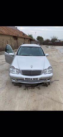 Dezmembrez Mercedes c220 CDI w203