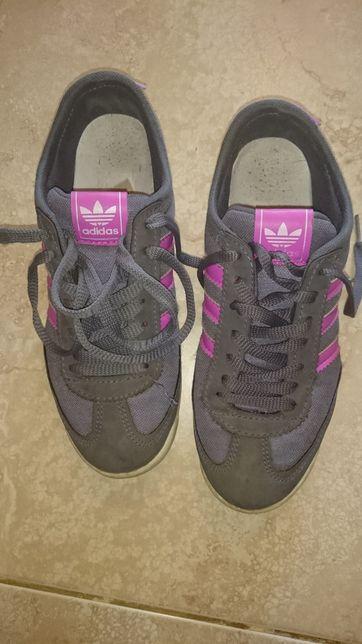 Adidasi marca Adidas 36