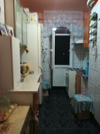 Vad sau schimb apartament cu 3 camere pe strada Banatului în Lugoj