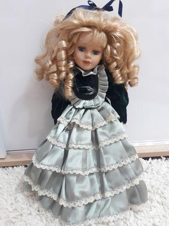 Порцеланови кукли - средно големи