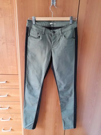 Маркови панталони във войнишко зелено и черно