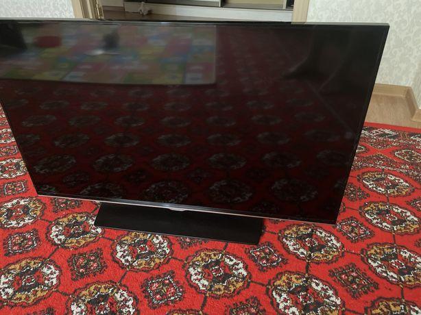Продам телевизор на запчасти, разбит экран.