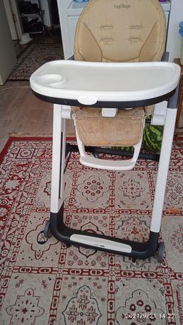 Продам детский стол для кормление состояние отличное качество хороший