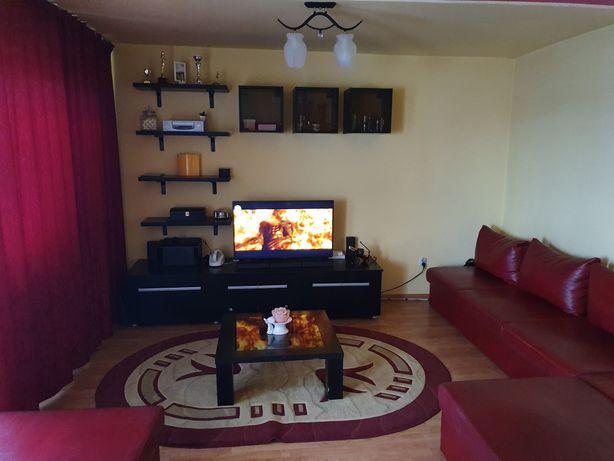 Apartament 3 camere decomandat spațios micro 20, alege confortul.