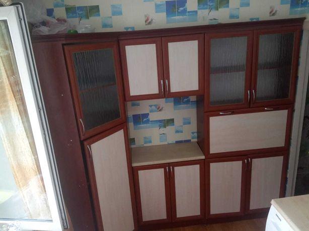 Шкаф-стенка для кухни