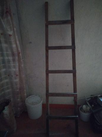 Деревянная лестница 2м