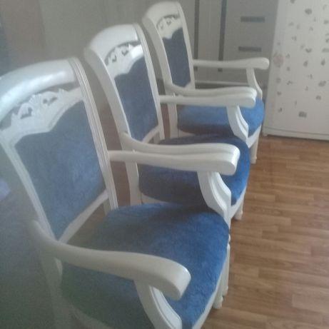 Продаётся стулья для гостиной