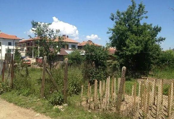Продавам ИМОТ-ПАРЦЕЛ в град САМОКОВ в регулация ток вода по скица 838к