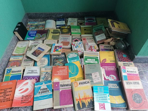 Vând cărți!