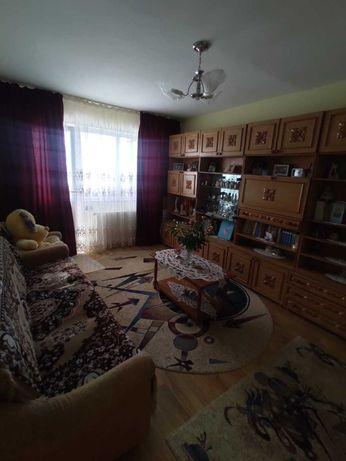 Apartament 3 camere complet renovat instalatii parchet gresie faianta