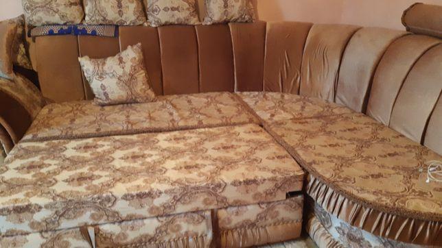 Мягкий диван очень хорошем состояние продам 200000т енге