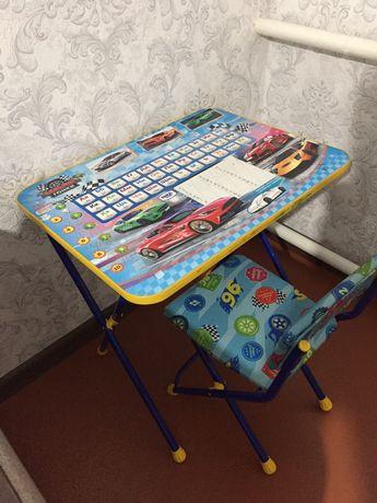 Столик-парта для детей 3-6 лет. Производство Россия