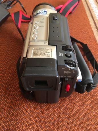 Vânzare camera video digitală JVC