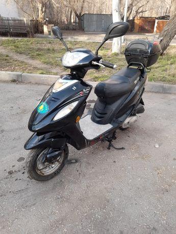 Продам скутер 50куб