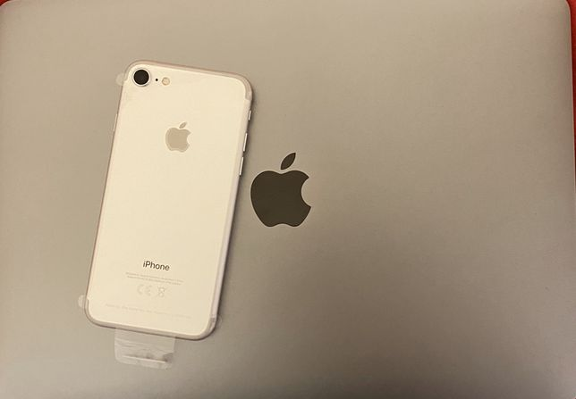 Apple iPhone 7 - 32GB - Silver - Neverlocked - NOU