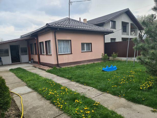 Vând casa com Ogrezeni