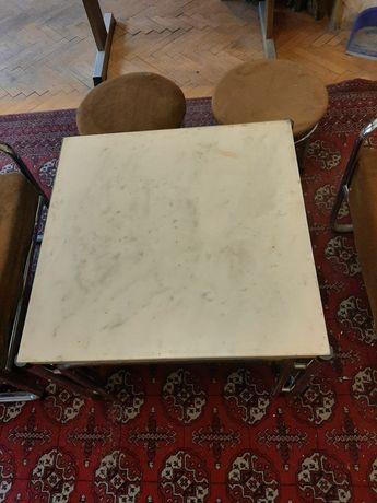 Холна маса с мраморен плот и столове