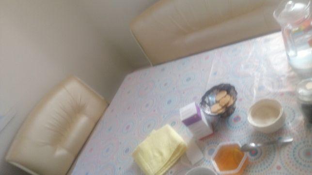 Кухняға стол сатылады