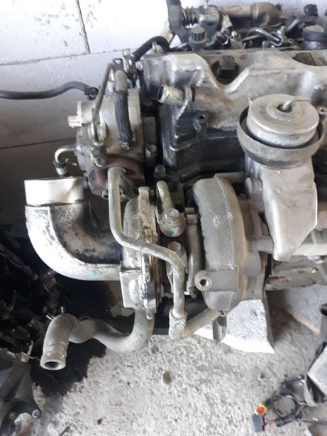Motor turbina toyota avensis 2 0 d