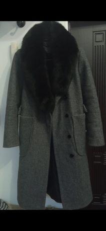 Продается пальто демисезон