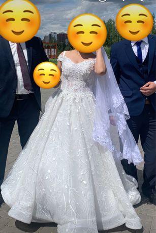 Срочно продам платье свадебное