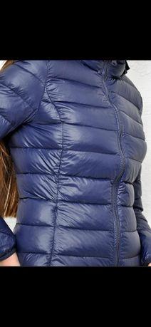Продам куртку на осень темно синяя