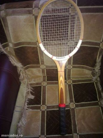 Racheta tenis Reghin