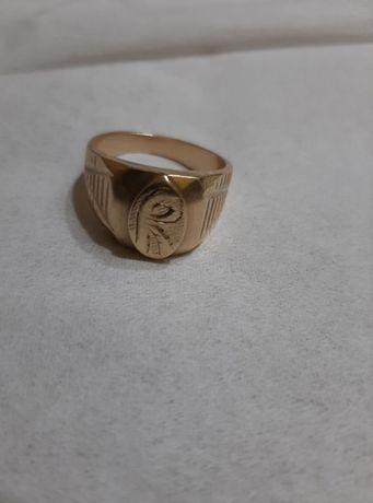 Златен пръстен-имитация