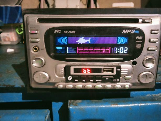 Продам автомагнитолу JVC, встроен блютуз, MP3 модуль.