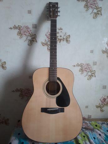 Гитара(YAMAHA) Профессиональны