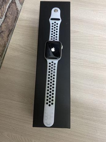 """""""Актив Ломбард"""" Apple Watch 5 series 44 mm Nike код товара 41-3668"""