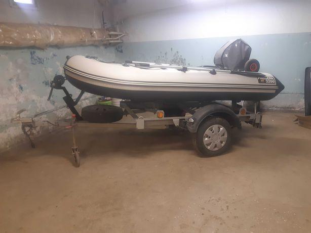 Продам лодку с прицепом