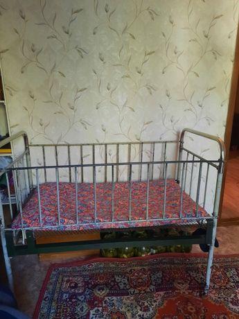 Детская кровать железная