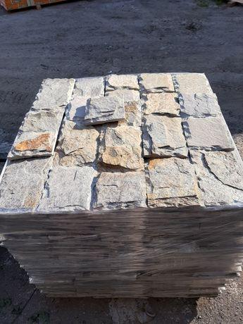 Скално-облицовъчен камък (гнайс)