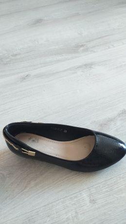 Обувь женская размер 36