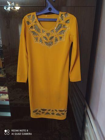 Вечерная деловая платье