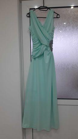 Бална рокля купена от Лондон