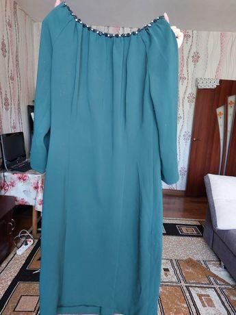 Шикарное платье  цвета хаки