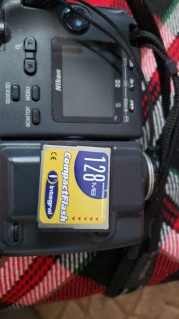 ФотоАнтикаНиконЕ995пълна електроникаБатериаМоже Да е повече от20-30год