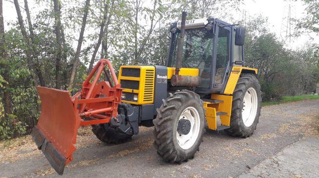 Tractor Renault 113-14