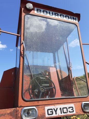 Cabină pentru combina sau tractor